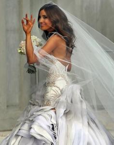 Rebecca-Twigley-wedding-dress-JAton-Couture